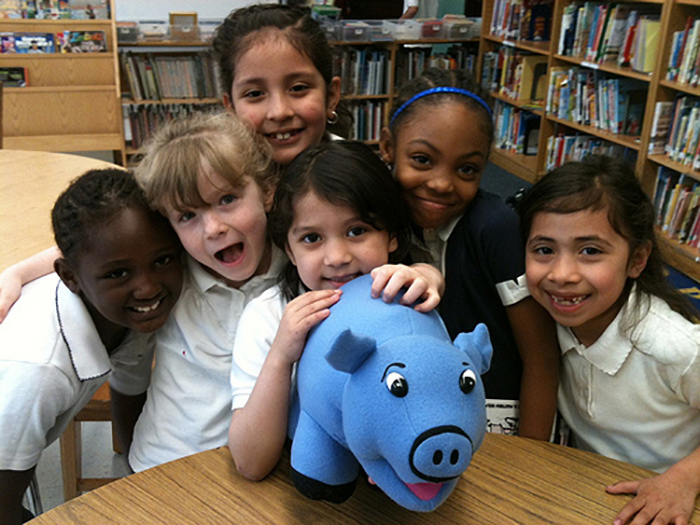 Galileo_Elem_1st_with_pig_puppet